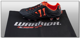 Warrior Skreamer K-Lite FG Soccer Cleats – Black with Spicy Orange Review