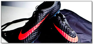 Unboxed: The Nike Hypervenom Phantom FG Soccer Cleats – Dark Charcoal with Crimson