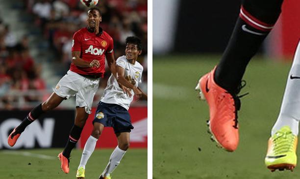 Rio Ferdinand Man Utd T90 laser IV edited