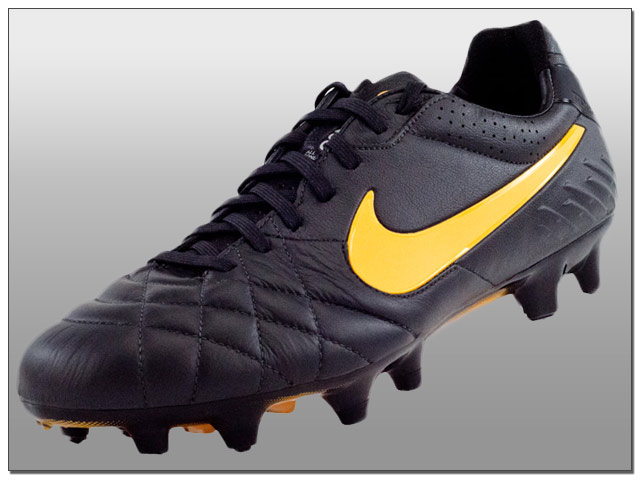 654acbf8451f And finally the Nike Hypervenom Phantom in Dark Charcoal