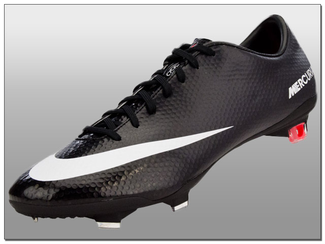 e1209462703b Nike Release the New Stealth Pack Styles of Vapor