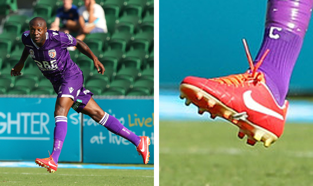 William Gallas Perth Glory Tiempo IV edited