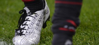 Mario Balotelli's 'Newspaper' Boots – We Tell You What They Are