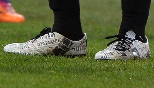 Mario Balotelli evoPOWER close up edited