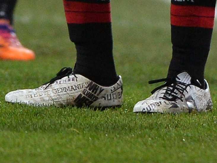 Mario Balotelli evoPOWER close up