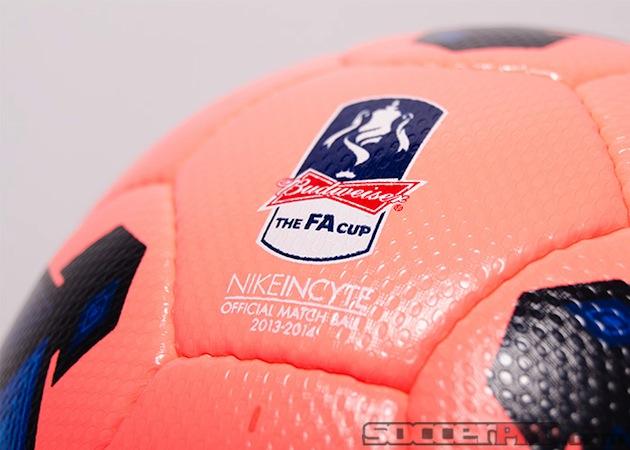 Nike Incyte Mango