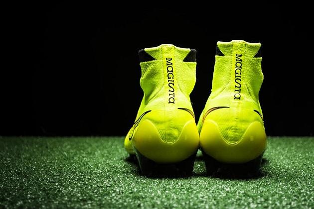 Nike Magista behind