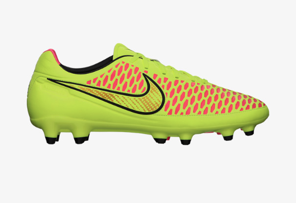 Nike Magista Orden side view