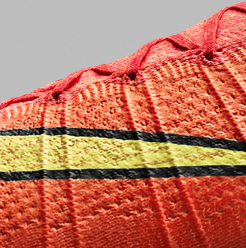 Superfly IV Flyknit zoom in