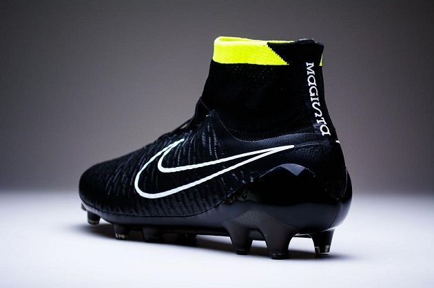 Black Pack Magista Obra