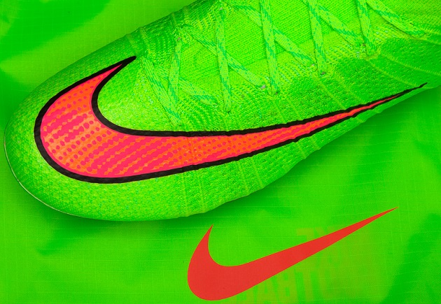 Nike Superfly in Green