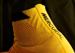 Mercurial Superfly dynamic fit collar