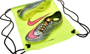 Neymar's Bright, Bold Liquid Diamond Nike Hypervenom