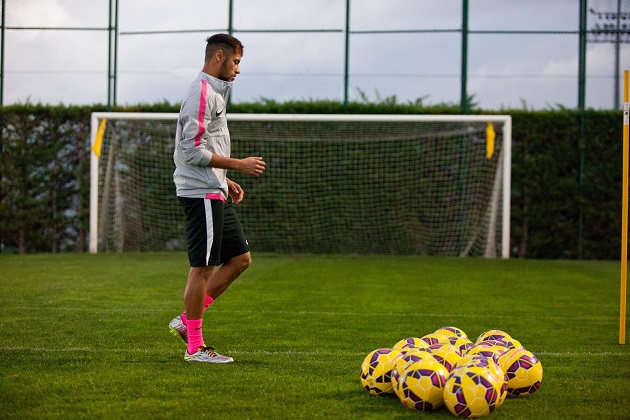 Neymar in Liquid Diamond Hypervenom