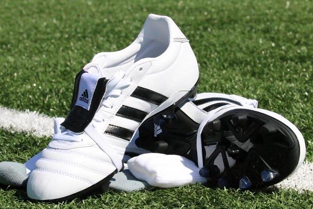 White adidas Gloro