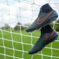 Nike Magista Drops in Rough Green