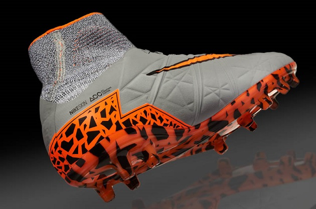 Hypervenom Phantom II side view