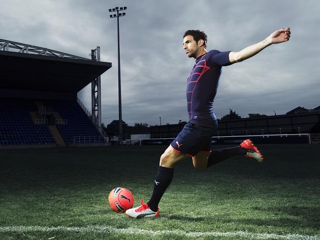 Cesc Fabregas wears the new PUMA evoPOWER 1.2 Football Boot_1