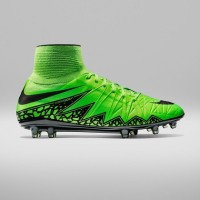 Nike Hypervenom Phantom II Review | Green Strike
