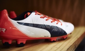 Puma Show Off evoPOWER 1.2 in White and Total Eclipse