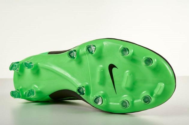 Nike Tiempo Legacy outsole