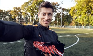 Robert Lewandowski Gets Exclusive Nike Hypervenom Phantom