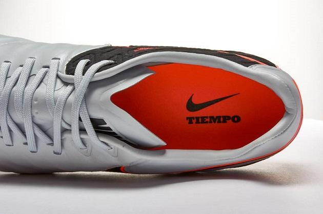 Nike Tiempo Legend VI sole