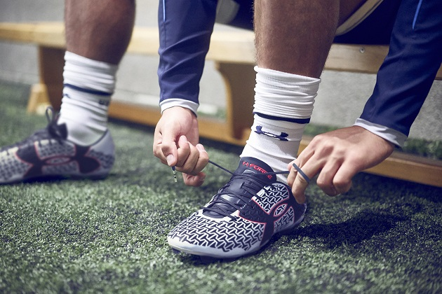 Under Armour Clutchfit on foot