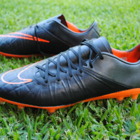 How To Blackout Your Football Boots (And It's Easier Than You Thought)