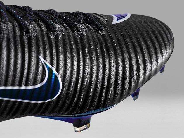 Nike Mercurial Superfly V upper