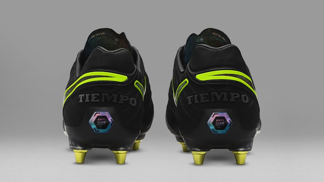 Nike Tiempo Legend Anti-Clog Traction