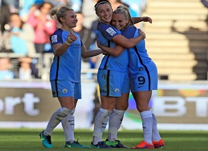 manchester-city-ladies-toni-duggan-izzy-christiansen-lucy-bronze