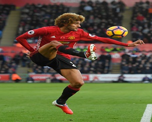 marouane-fellaini-man-u-new-balance-visaro