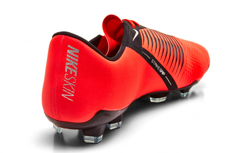 back nike phantom venom elite