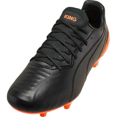 Puma King Platinum FG – Black & Shocking Orange