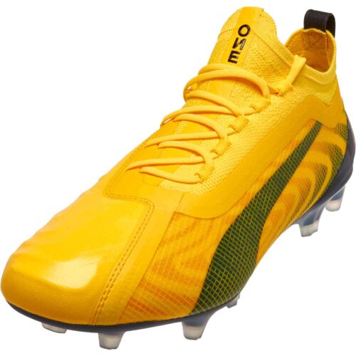 Puma One 20.1 FG – Spark Pack