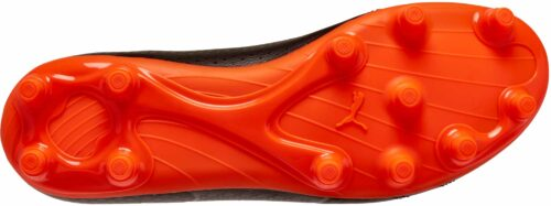 PUMA One 17.4 FG – Black/Shocking Orange