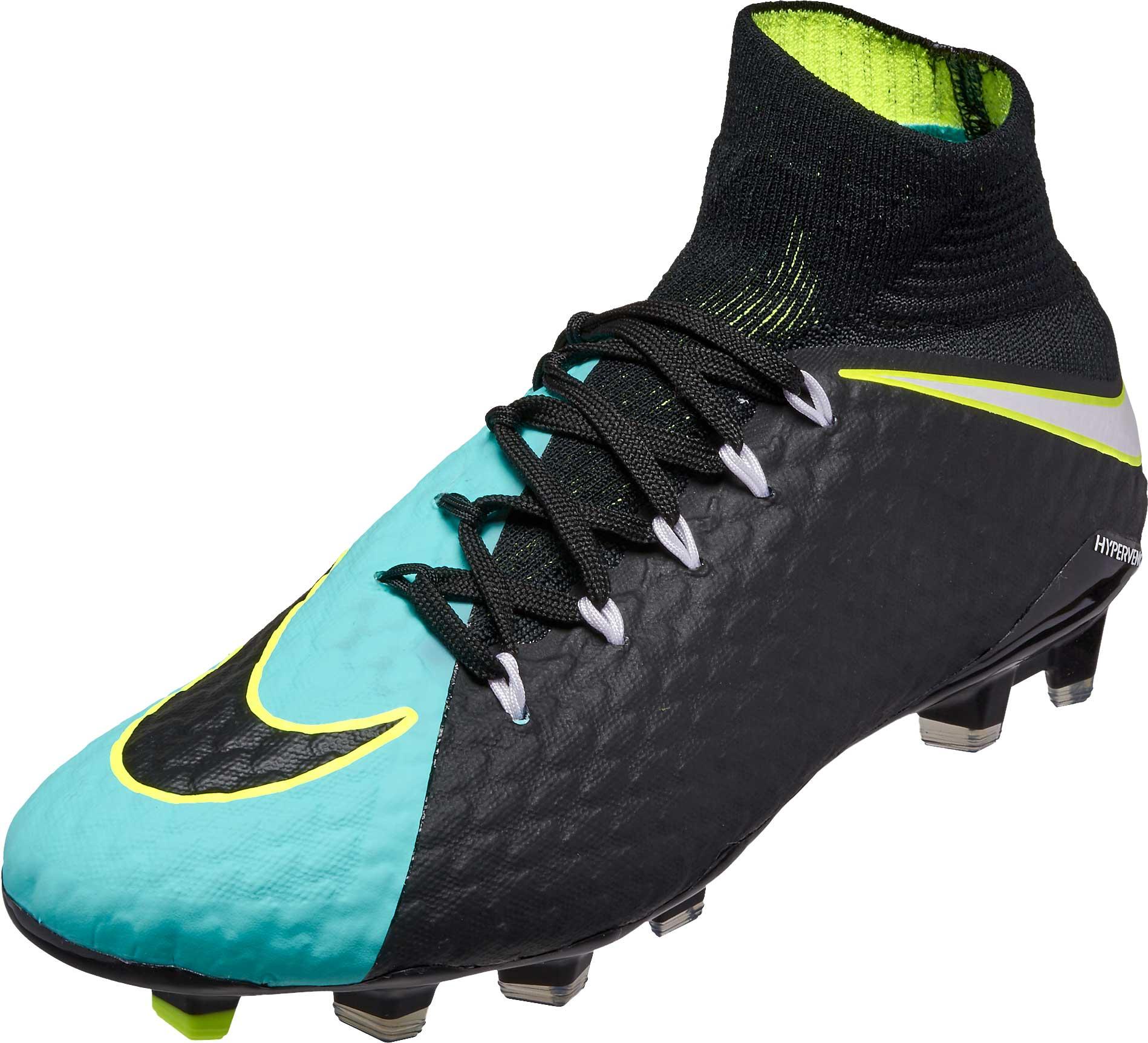 Nike Womens Hypervenom Phatal III DF FG - SoccerPro.com