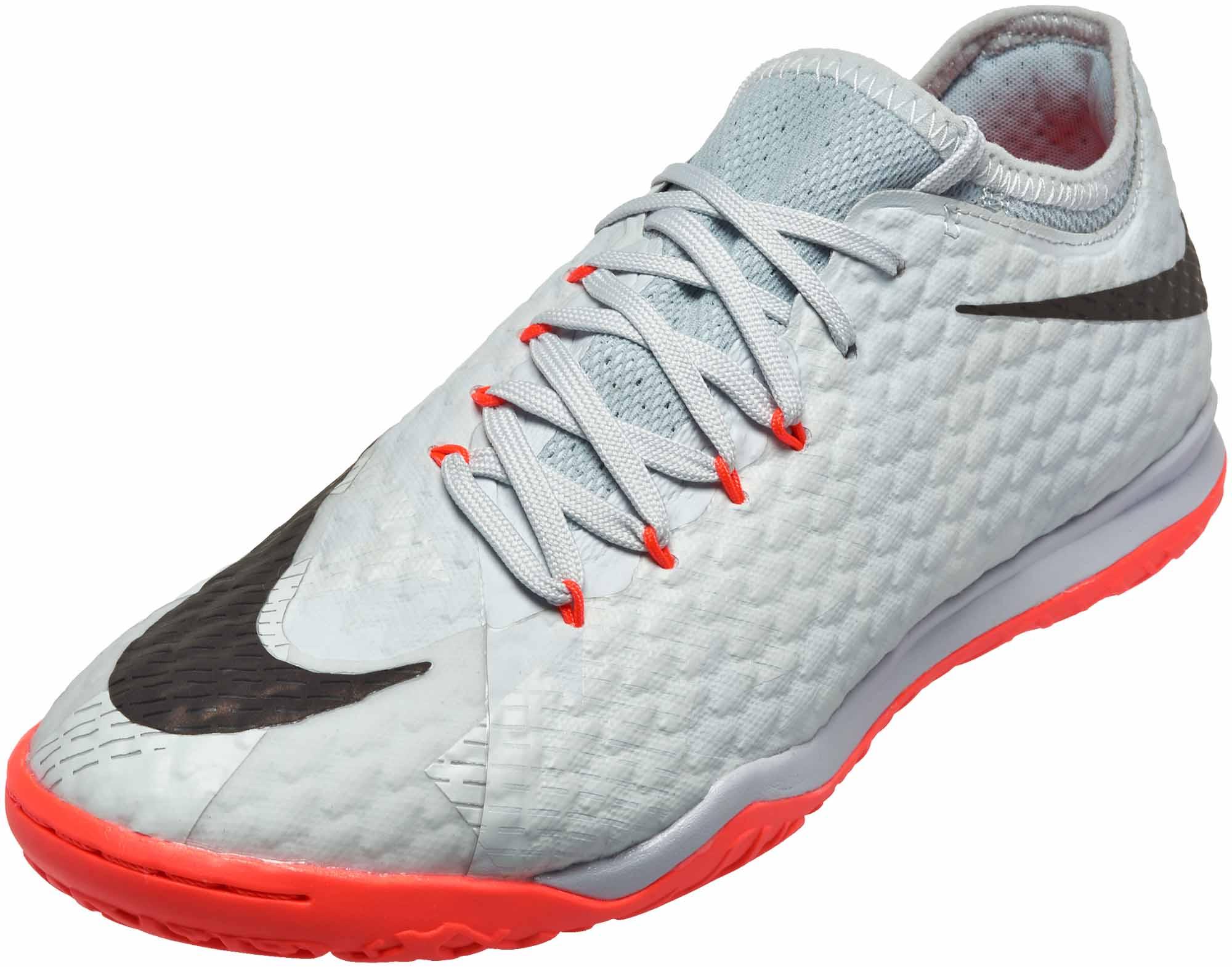 huge discount c3cfe debbf Nike HypervenomX Finale II IC – SE – Pure Platinum Black