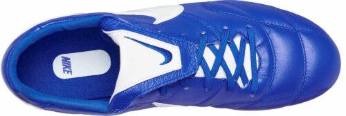 The Nike Premier II FG – Race Blue/White
