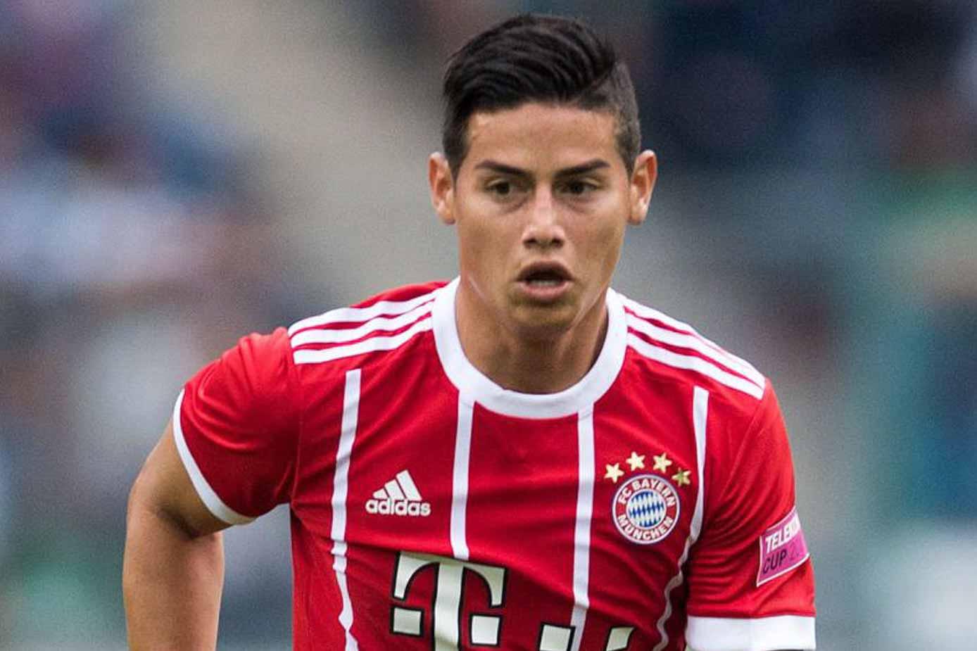 detailed look 16b32 231b2 James Rodriguez Jersey - FC Bayern & Colombia - SoccerPro.com