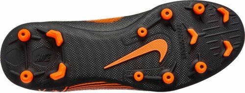 Nike Kids Vapor 12 Club MG – Black/Total Orange