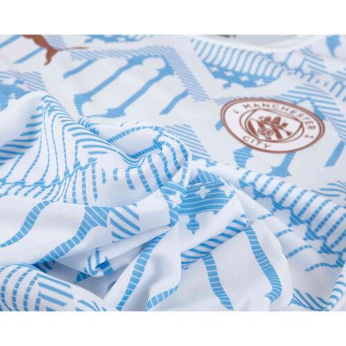 PUMA Manchester City Pre-match Top – Puma White/Team Light Blue