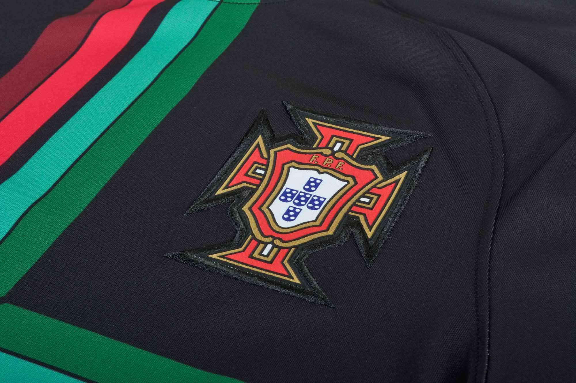 Nike Portugal Pre-Match Jersey 2018-19 - SoccerPro