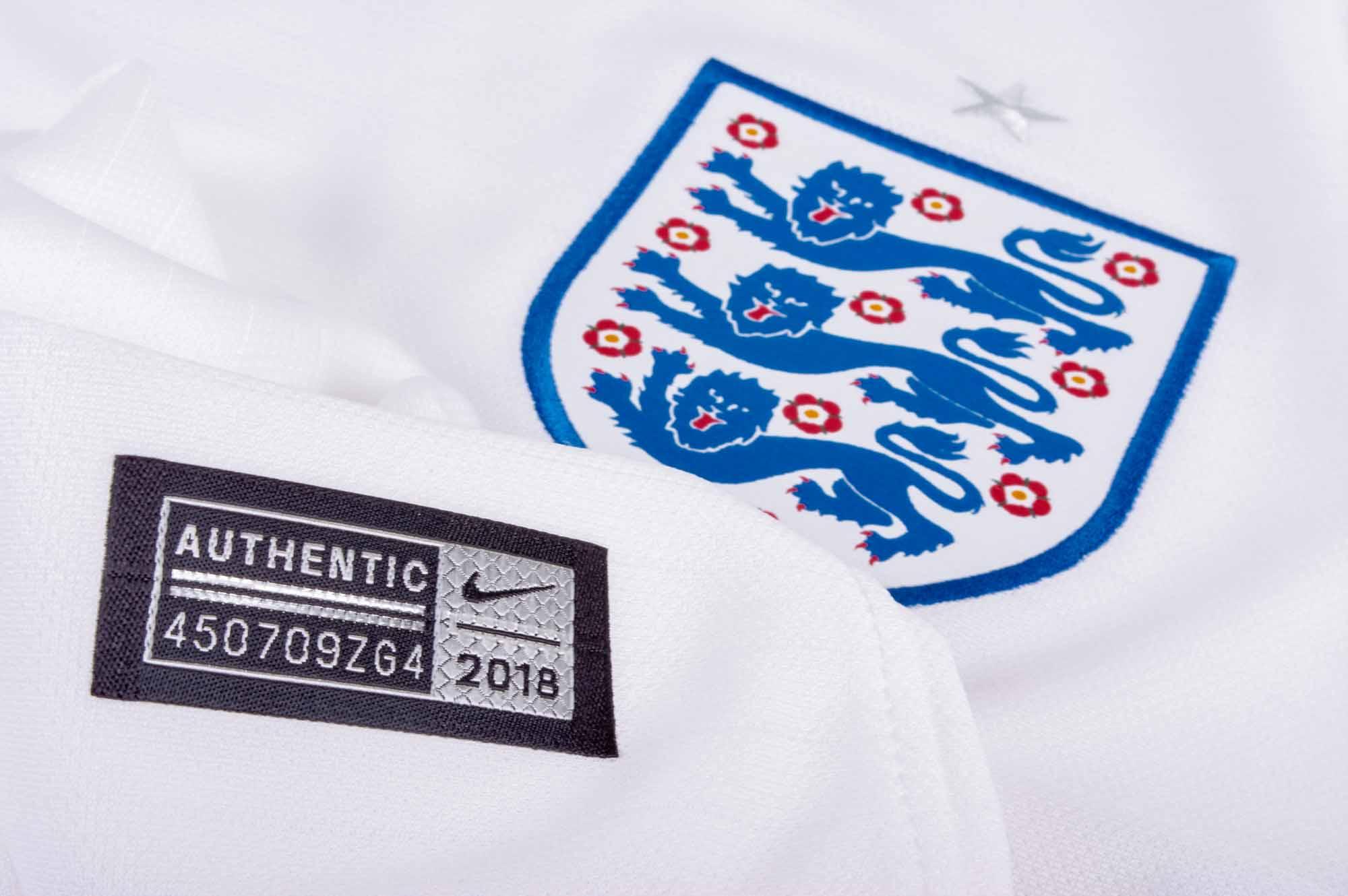 separation shoes 025f7 24c09 Nike England Dele Alli Home Jersey 2018-19 - SoccerPro.com