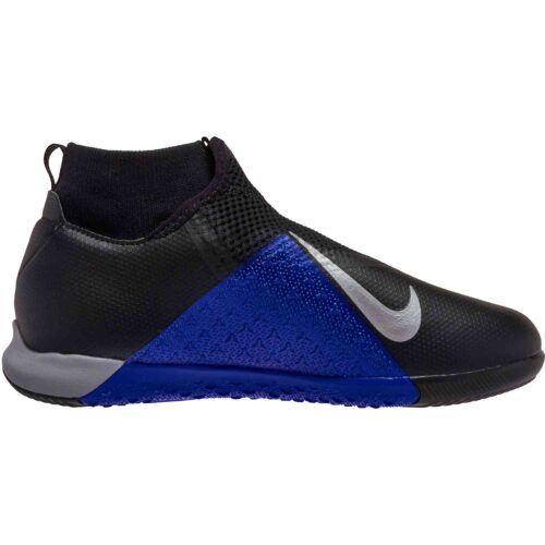 Nike Phantom Vision Academy DF IC – Youth – Black/Metallic Silver/Racer Blue