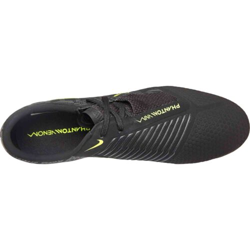 Nike Phantom Venom Pro FG – Under the Radar