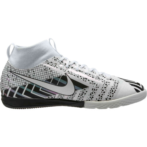 Kids Nike Mercurial Superfly 7 Academy IC – White & Black