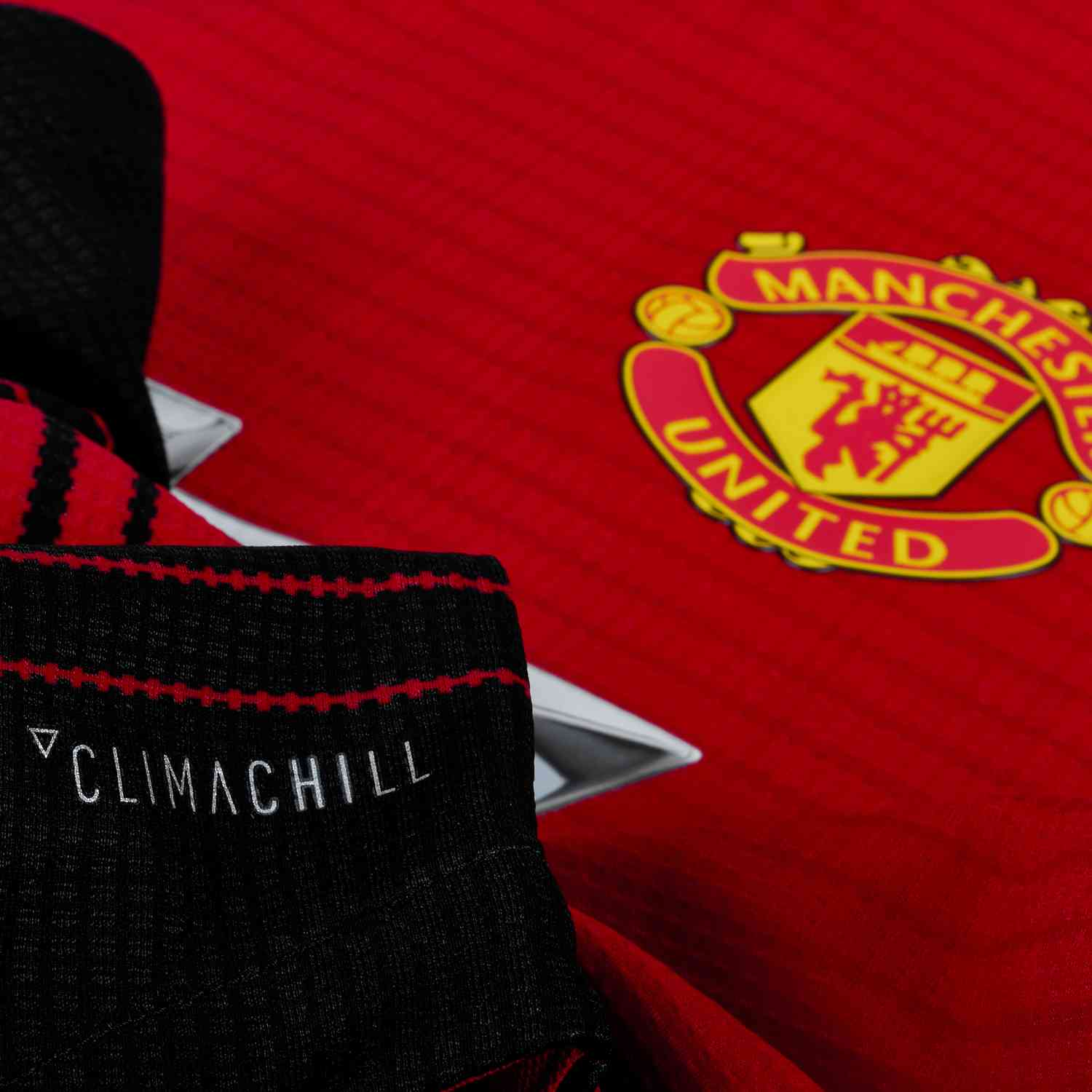 77a4b8e6 adidas Manchester United Home Authentic Jersey 2018-19 - SoccerPro