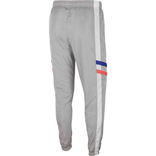 Nike Chelsea Re-issue Woven Pants – Matte Silver/White/Concord